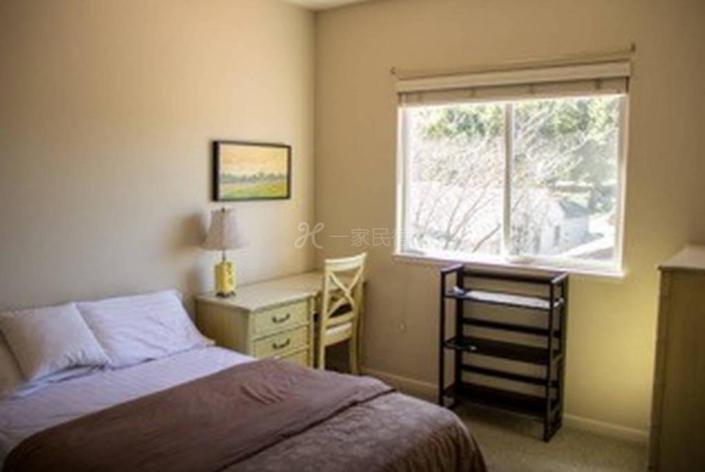 位于硅谷中心的舒适房屋