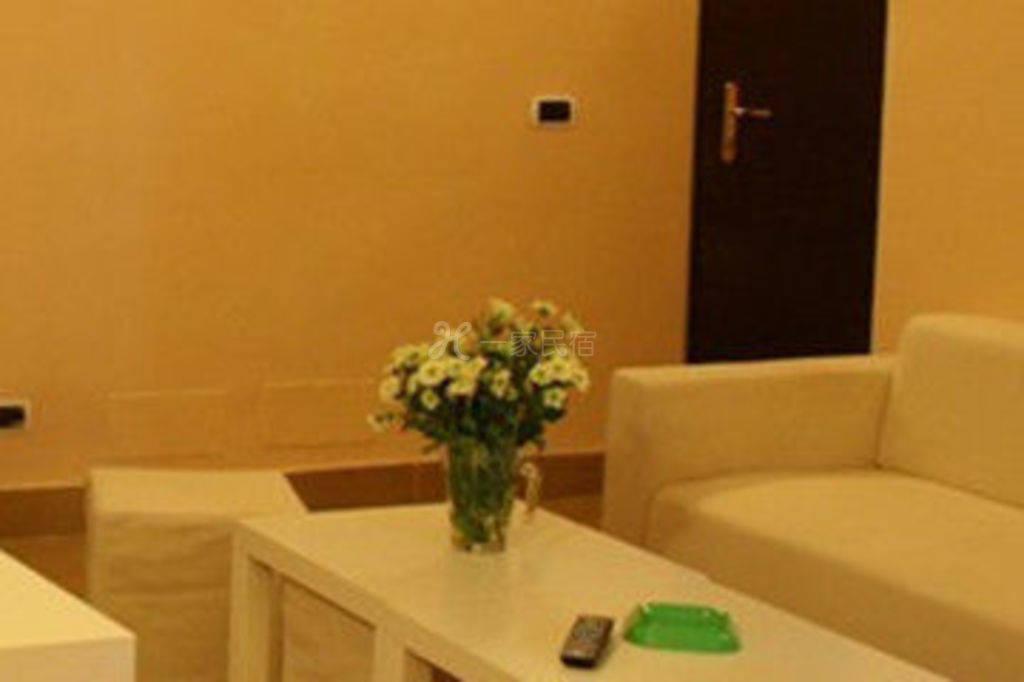罗马金百合家庭旅馆--单人间1