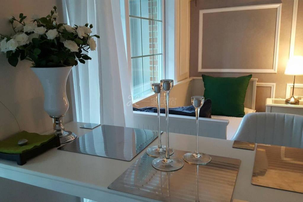 国王公园房子 类似5星级酒店 设有别致和精心设计的内饰 多人 干净卫生 居住舒适 适合多人居住