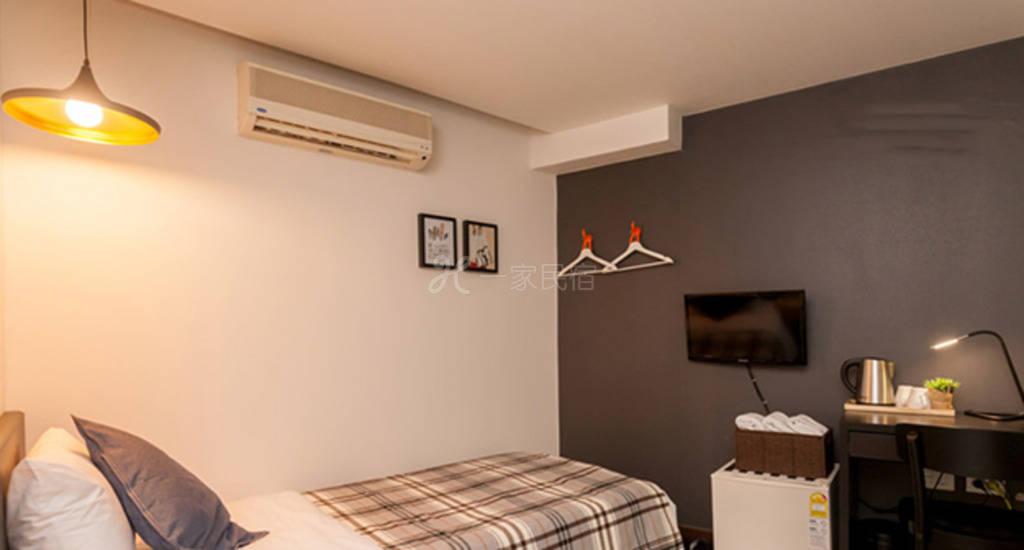 韩国首尔BONBON酒店豪华双床房