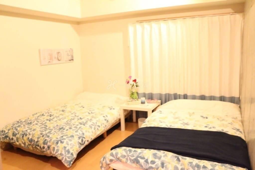 2张床,大阪难波地区的中心