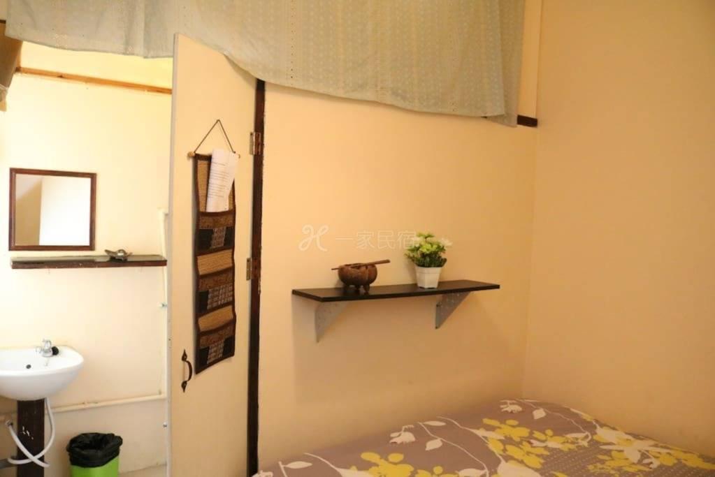 曼谷民宿ecohouse单人间 大床房 独立卫生间 空调 热水 干净