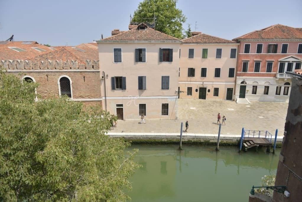 推荐WIFI华人旅馆威尼斯心脏的房间1