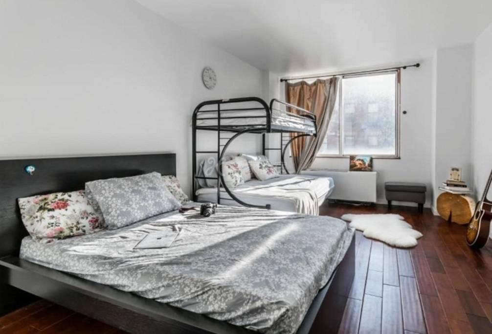 豪华宽敞的卧室,靠近时代广场