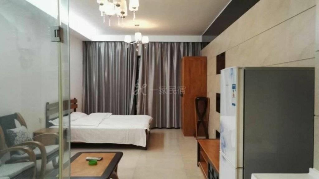 三亚海云花间海景度假公寓园景大床房