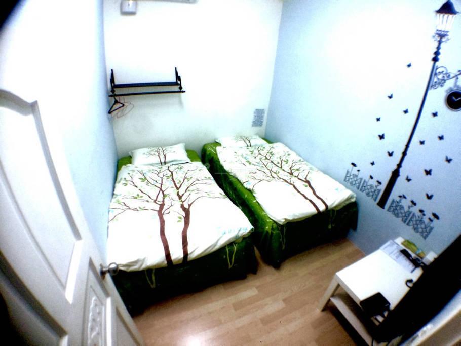 中 C102 市区2张单人床-离台北市4分钟 台北 永和 顶溪捷运