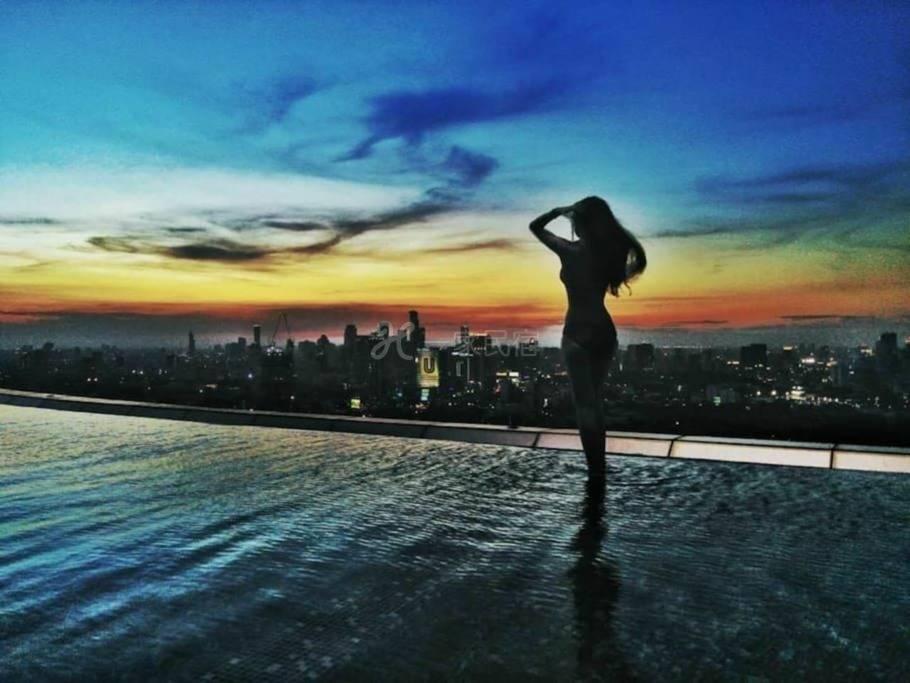 网红泳池 素坤逸富人区顶级公寓 格调一居
