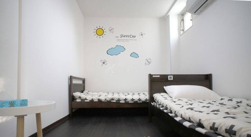 Jsnail Hostel(吉斯耐尔旅舍) 豪华双床间  #1