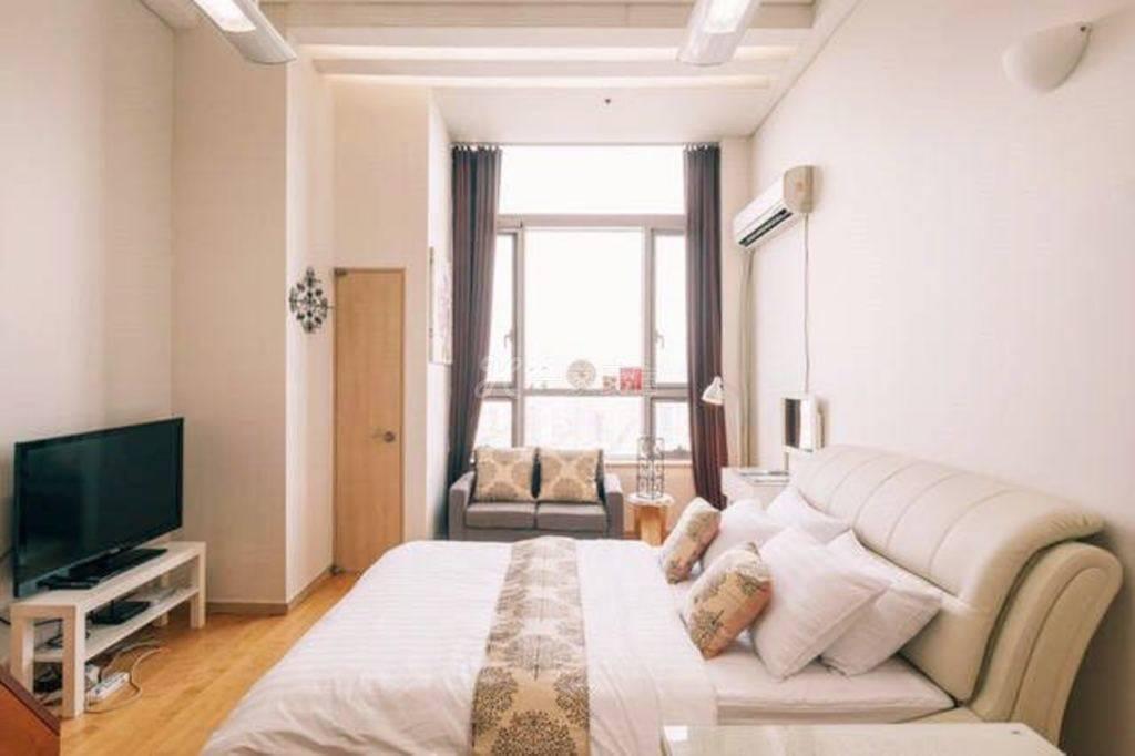 南山塔复式家庭公寓D-六人间整套出租