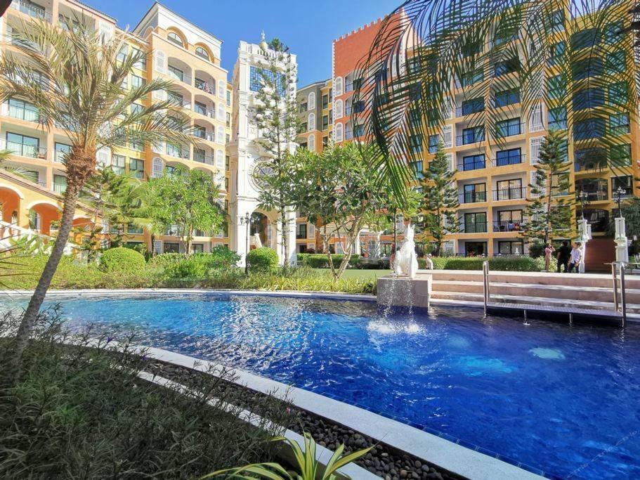 泰国芭提雅水系公寓精品大床房