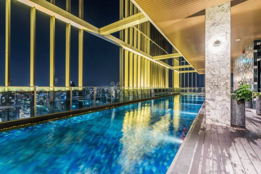 曼谷完美体验素坤逸24摩登工作室A 空中健身房 40米无边际高空泳池 桑拿瑜伽 紧邻BTS EM商圈