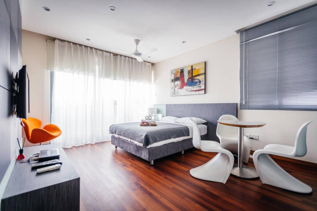 新加坡海克拉斯泳池别墅5号双人豪华套房