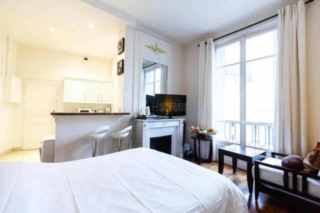 巴黎香榭丽舍凯旋门-摩尔双人酒店公寓