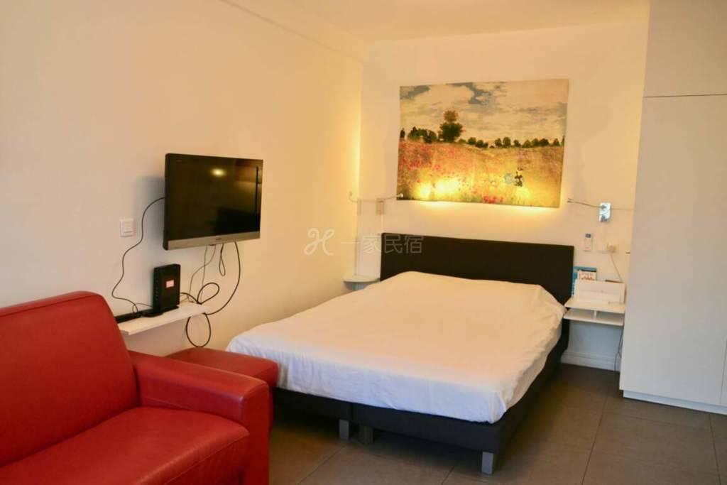巴黎市中心卢浮公寓