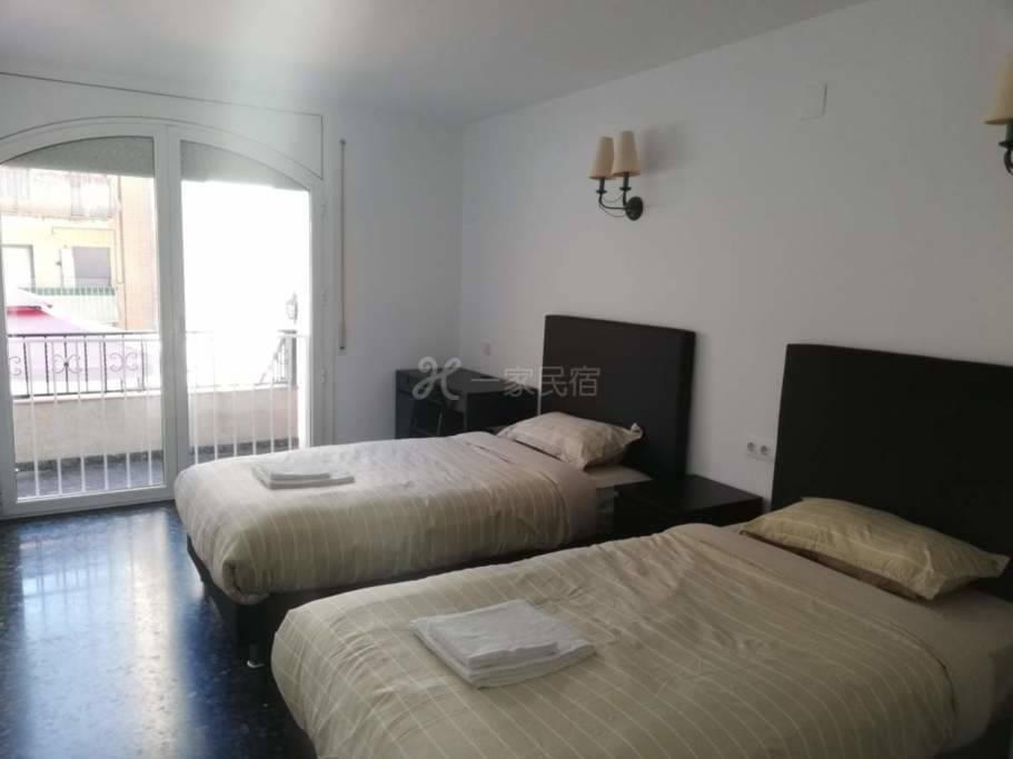 巴塞罗那会展中心附近别墅6号双床房