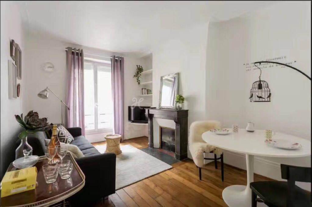 位置超级好的卢森堡公园附近法式温馨两居室