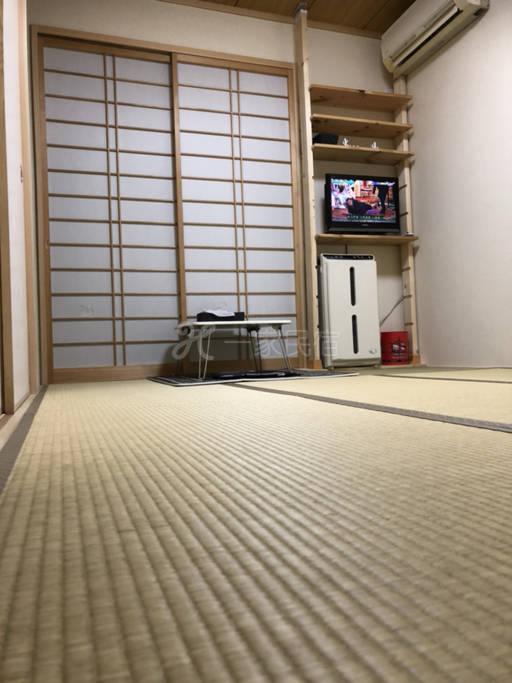関西空港直通!天下茶屋駅から5分!和室o(^_-)O